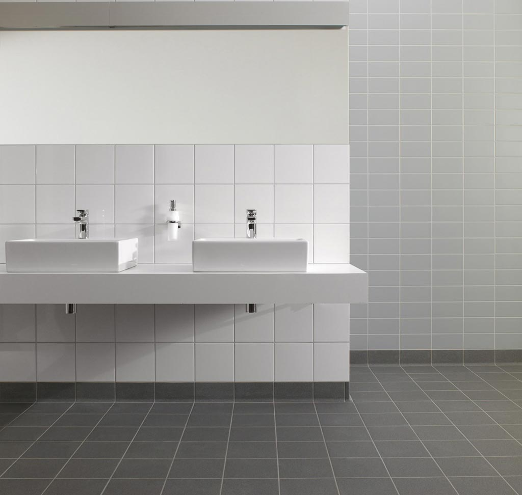 Unit one 10x10- VILLEROY & BOCH