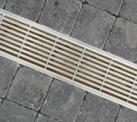 ACO EUROLINE 60 (hoogte = 5.7cm). en EUROLINE 100 (hoogte = 10cm.)